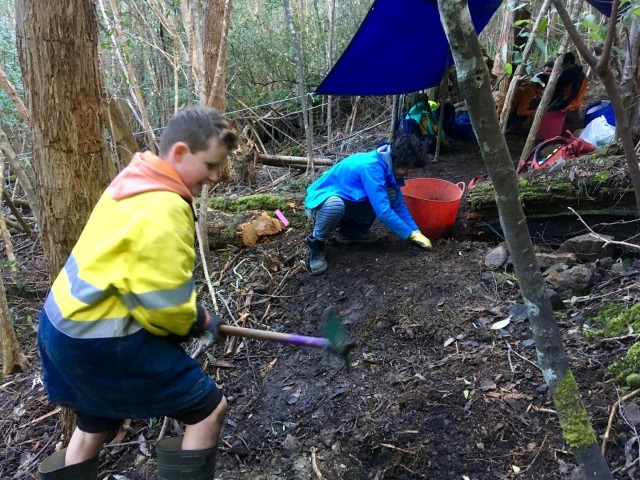 Mt Wellington/kunanyi Trackcare Dig Day